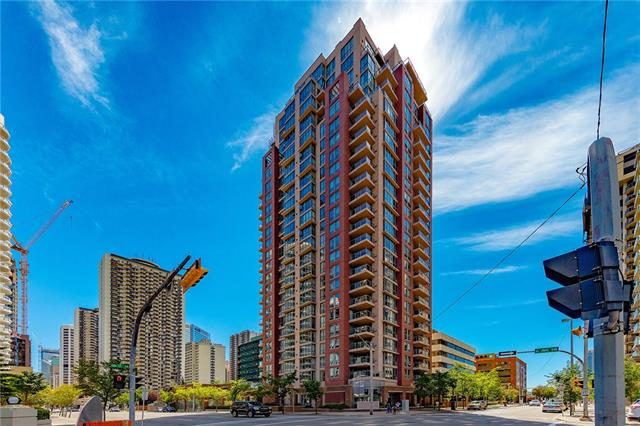 #203 650 10 ST SW, 2 bed, 2 bath, at $318,900