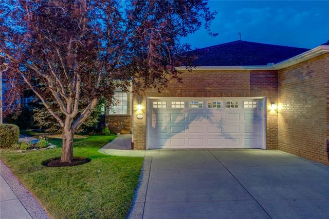 60 PROMINENCE PT SW, 3 bed, 2.1 bath, at $869,900