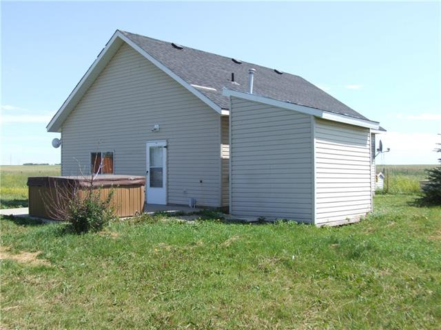 #7 - 31035 Range Road 281  , 3 bed, 1 bath, at $299,000