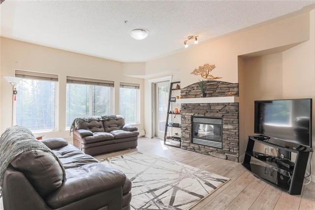 #223 10 DISCOVERY RIDGE CL SW, 2 bed, 2 bath, at $312,900