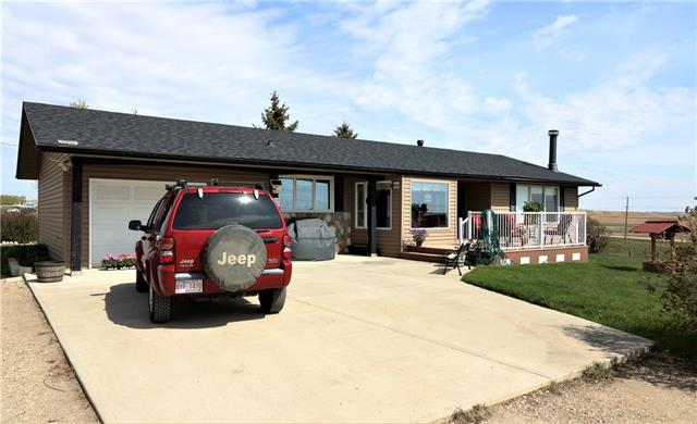 13014 TWP RD 264A  , 2 bed, 2.1 bath, at $949,900