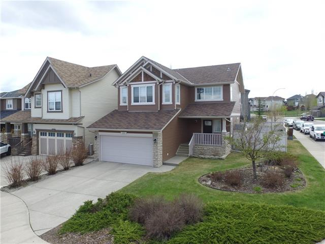 61 TUSSLEWOOD DR NW, 4 bed, 3.1 bath, at $579,900