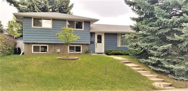 724 118 AV SW, 3 bed, 1.1 bath, at $464,900