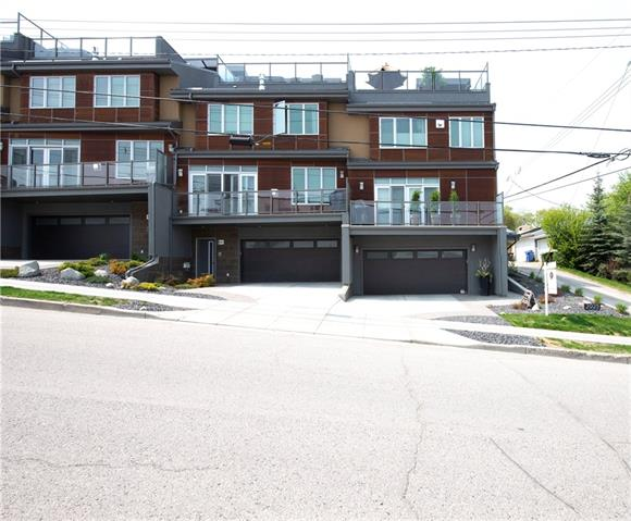 2925 17 ST SW, 3 bed, 3 bath, at $750,000