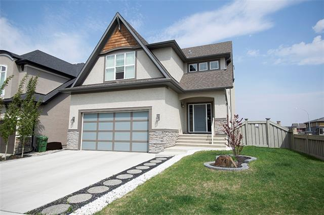 74 MASTERS PT SE, 3 bed, 3 bath, at $699,900