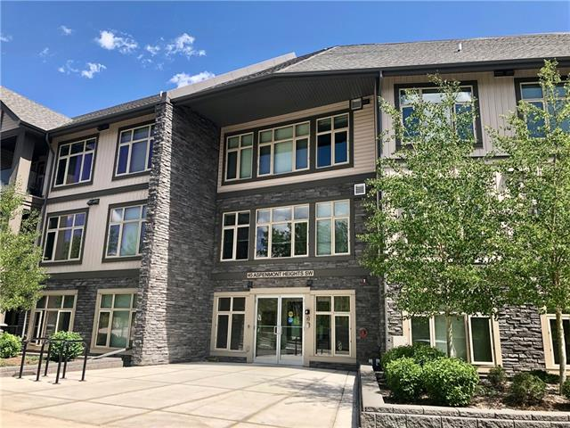#12 45 ASPENMONT HT SW, 1 bed, 1 bath, at $269,000