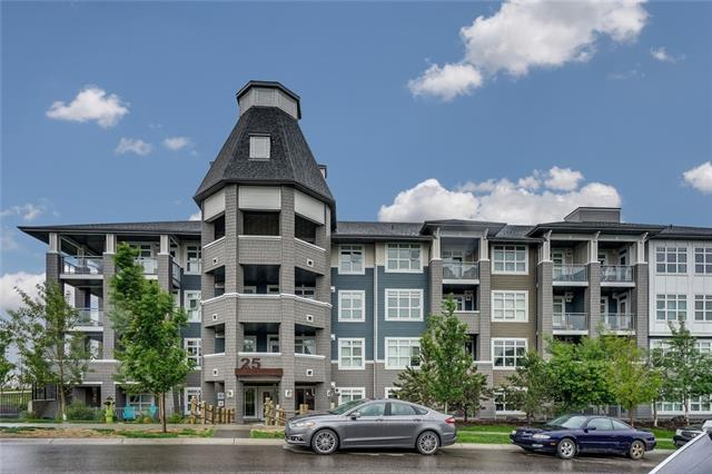 #334 25 AUBURN MEADOWS AV SE, 1 bed, 1 bath, at $249,000