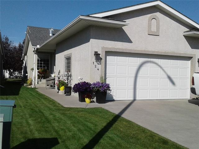 124 Riverside CR NW, 3 bed, 3 bath, at $299,900