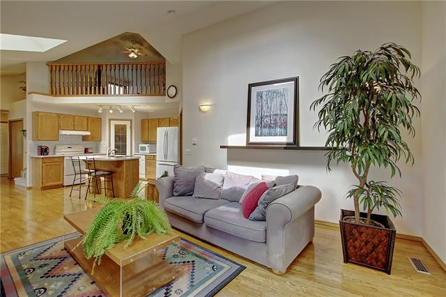 125 SOMERSET WY SW, 2 bed, 2 bath, at $439,900