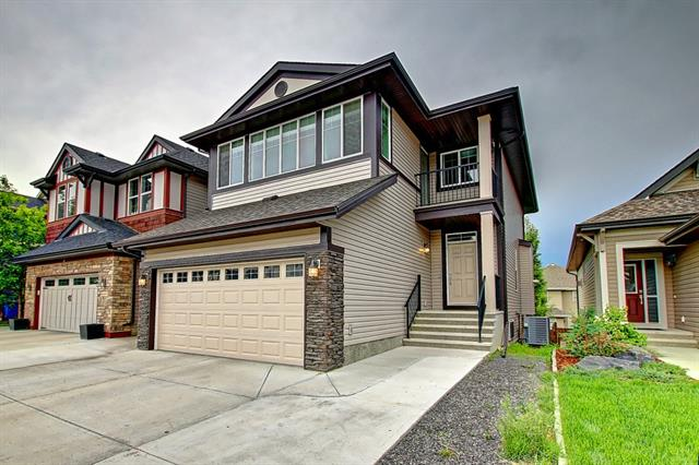 64 AUBURN GLEN GR SE, 4 bed, 4 bath, at $598,000