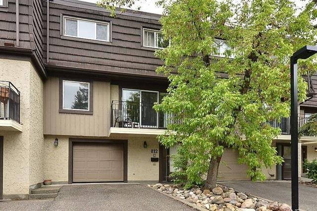 #812 3130 66 AV SW, 4 bed, 4 bath, at $449,500