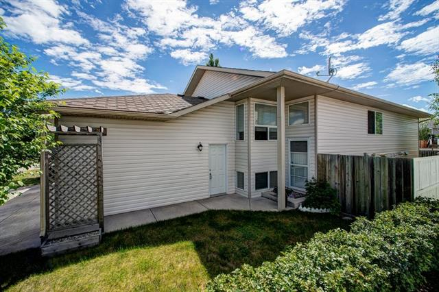 1425 STRATHCONA WY , 3 bed, 2 bath, at $280,000