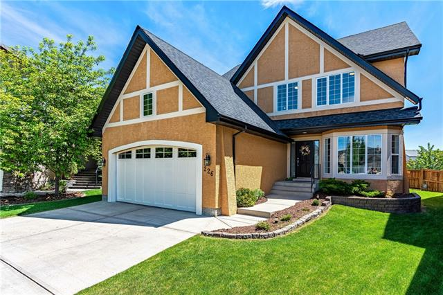 226 TUSSLEWOOD GV NW, 4 bed, 4 bath, at $700,000