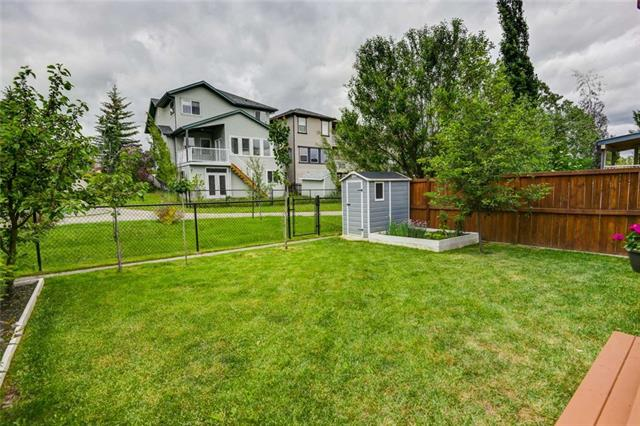 116 EVERSTONE WY SW, 3 bed, 3 bath, at $424,888