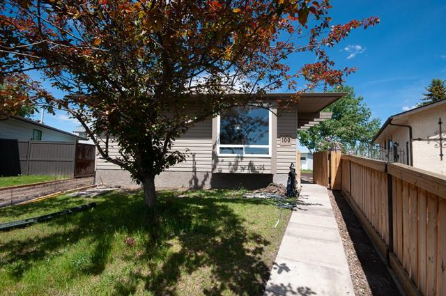 100 Aberfoyle CL NE, 3 bed, 1 bath, at $309,900