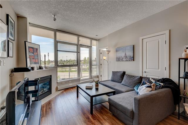 #303 77 SPRUCE PL SW, 2 bed, 2 bath, at $366,500