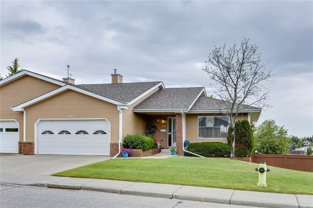 160 STRATHAVEN CI SW, 3 bed, 3 bath, at $450,000