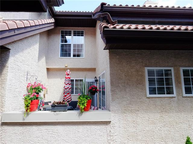 #1006 1997 SIROCCO DR SW, 2 bed, 2 bath, at $349,900
