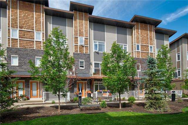 508 SKYVIEW POINT PL NE, 2 bed, 3 bath, at $295,000