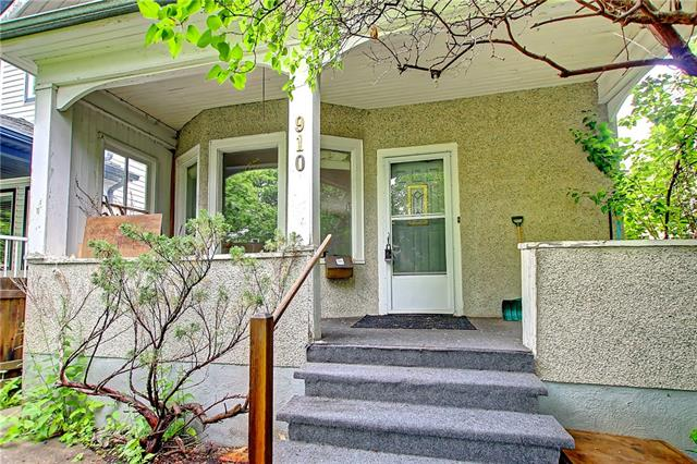 910 5 ST NW, 1 bed, 2 bath, at $439,000