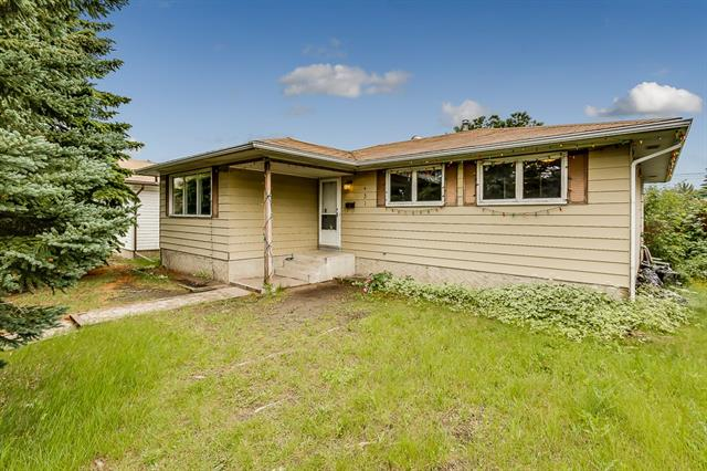 431 FOREST WY SE, 3 bed, 2 bath, at $289,900
