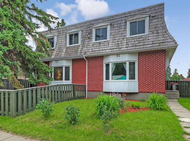 31 DOVERCLIFFE WY SE, 3 bed, 1 bath, at $259,900