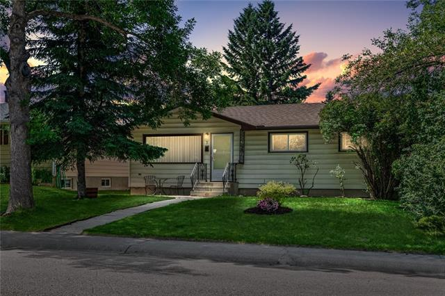 7 FOSTER RD SE, 3 bed, 1 bath, at $437,900