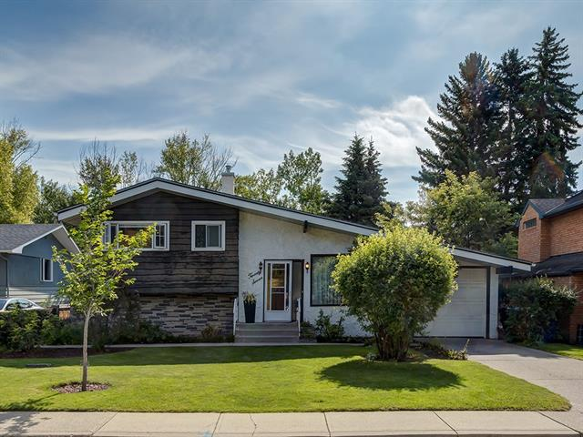 27 ROSELAWN CR NW, 3 bed, 2 bath, at $939,900