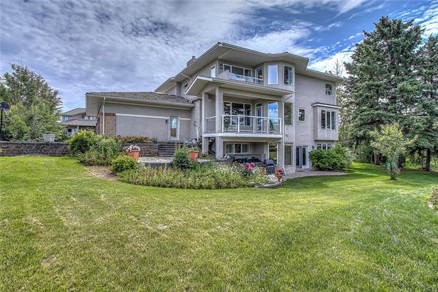 214 SLOPEVIEW DR SW, 4 bed, 4 bath, at $1,199,900