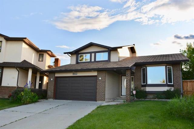 139 BEDWOOD BA NE, 4 bed, 3 bath, at $409,900