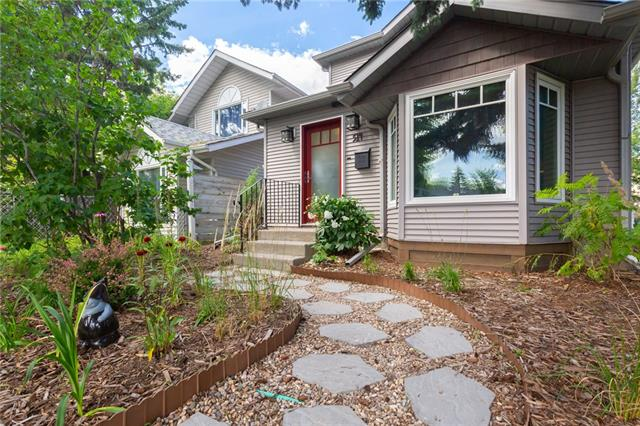 514 15 AV NE, 3 bed, 2 bath, at $574,900