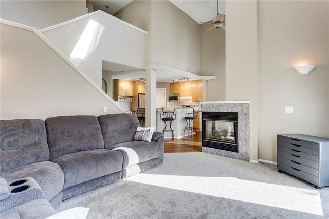 58 SIERRA NEVADA GR SW, 4 bed, 4 bath, at $570,000