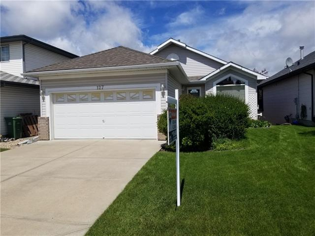 127 ARBOUR RIDGE CL NW, 4 bed, 3 bath, at $549,900