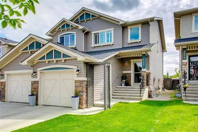 228 NEW BRIGHTON LD SE, 3 bed, 3 bath, at $374,900
