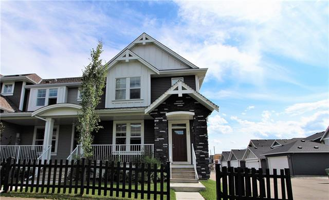 46 WILLIAMSTOWN GV NW, 3 bed, 3 bath, at $329,000