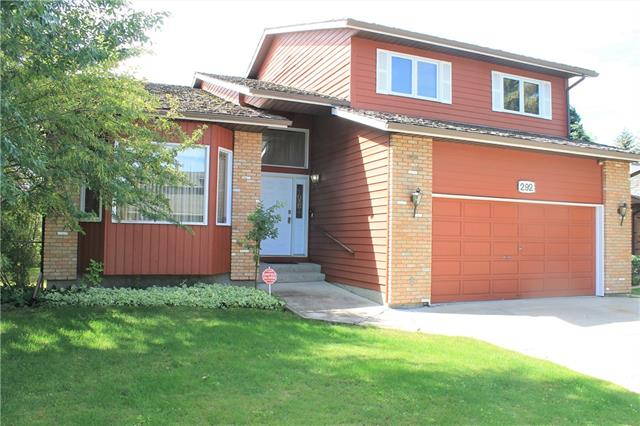 292 CANTERVILLE DR SW, 3 bed, 3 bath, at $564,000