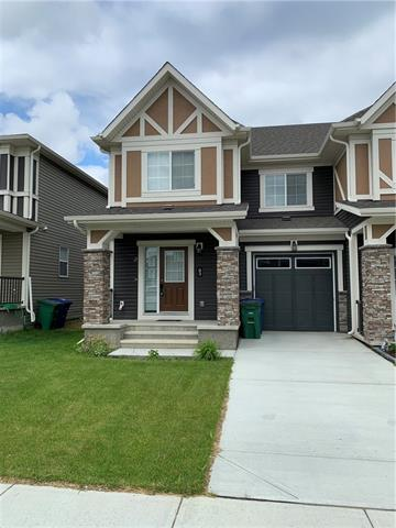 93 HILLCREST SQ SW, 3 bed, 3 bath, at $344,000