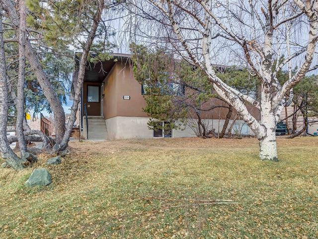 3339 37 ST SW, 8 bed, 4 bath, at $697,500