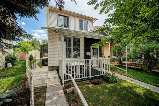 18 MCKERNAN PL SE, 3 bed, 3 bath, at $329,900