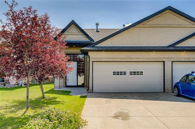515 EAST LAKEVIEW PL , 3 bed, 2 bath, at $329,900
