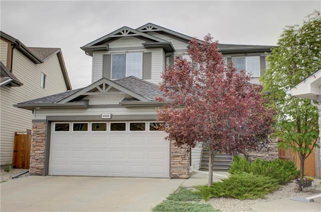 125 ROYAL OAK BA NW, 4 bed, 4 bath, at $649,900