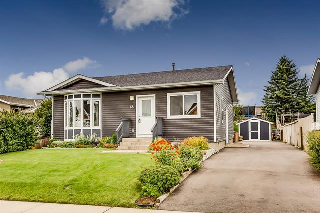 68 RUNDLE PL SW, 3 bed, 2 bath, at $325,000