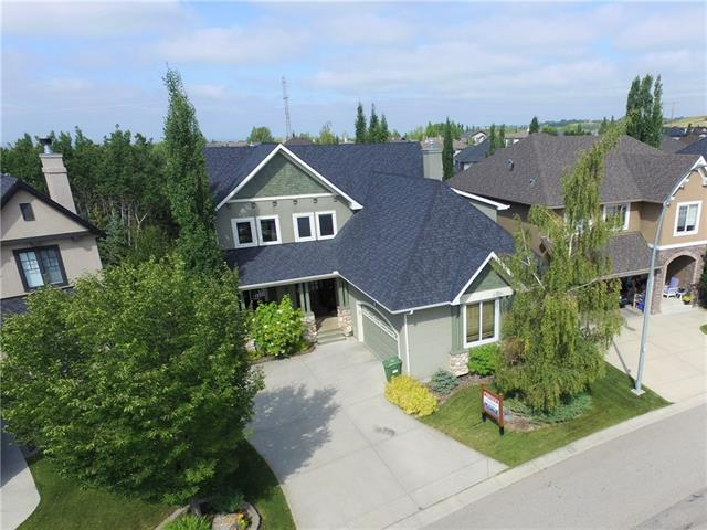 121 TUSSLEWOOD HT NW, 4 bed, 4 bath, at $749,900