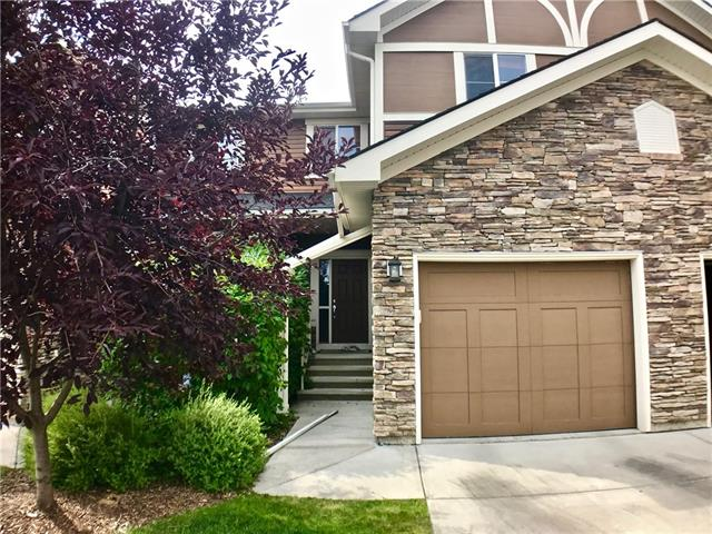 #8 351 MONTEITH DR SE, 3 bed, 3 bath, at $249,900