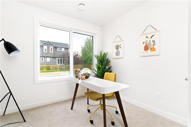 #4 5115 4A ST SW, 3 bed, 3 bath, at $499,000