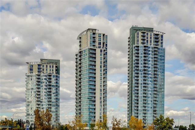 #701 77 SPRUCE PL SW, 2 bed, 2 bath, at $321,000