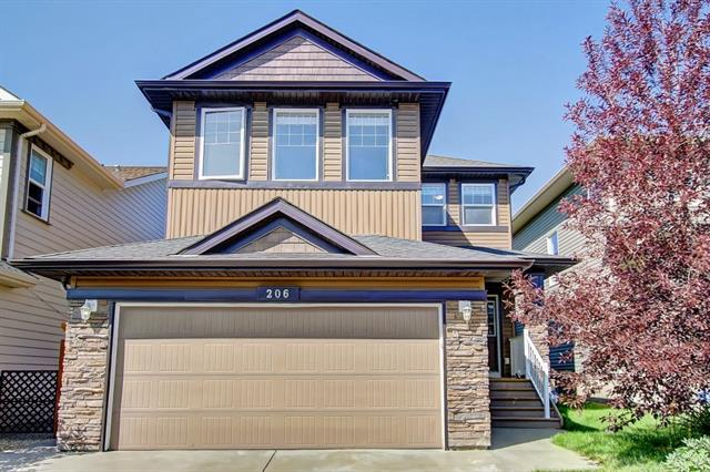 206 EVANSPARK CI NW, 3 bed, 3 bath, at $477,500