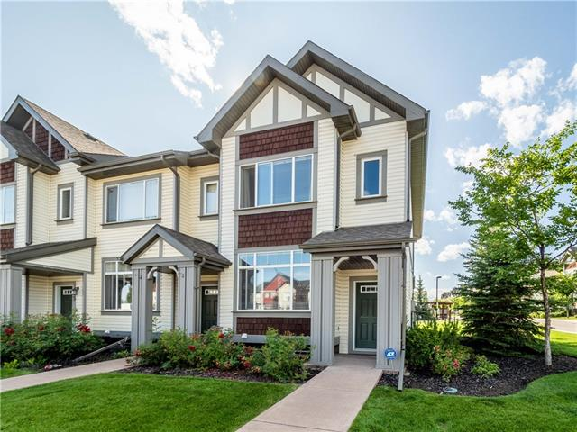 33 COPPERPOND RD SE, 2 bed, 3 bath, at $269,900