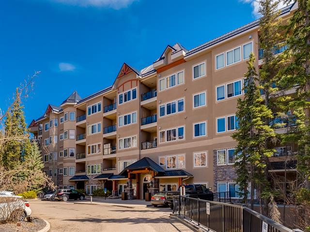 #437 20 Discovery Ridge CL SW, 2 bed, 2 bath, at $295,000