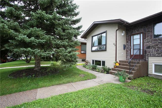 33 5 AV SE, 3 bed, 3 bath, at $269,000